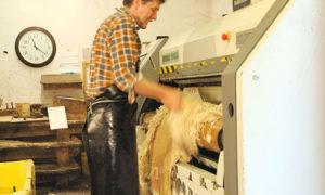 Entfleischen - Herstellung Lamfell